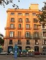 143 Edifici del pg. de Colom 1, façana pl. Antonio López.JPG