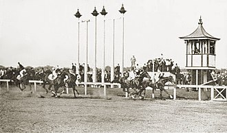 "Gravesend Race Track - ""The Picket"" winning the 1904 Brooklyn Handicap at Gravesend Race Track"