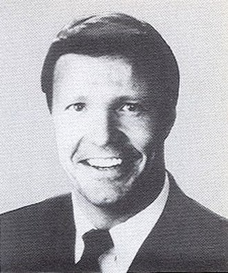 Christopher Cox - 1989, Congressional Pictorial Directory – Cox as a first term Congressman