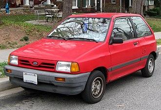 Ford Festiva - Facelift Ford Festiva L Plus 3-door (US; MY 1990)