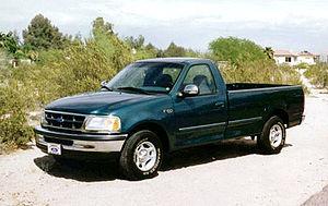 English: 1997 Ford F-150 XLT