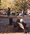 2004-11-04 - United Kingdom - England - London - Kensington and Chelsea - Sloane Square - Old Couple 4887142811.jpg