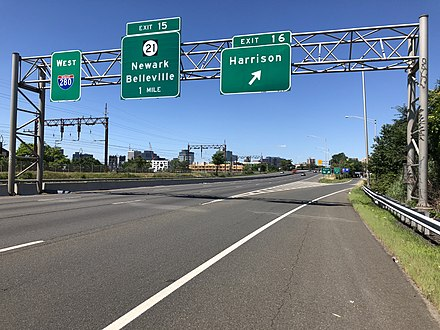 View west along I-280 in Harrison 2018-07-08 11 18 34 View west along Interstate 280 (Essex Freeway) at Exit 16 (Harrison) in Harrison, Hudson County, New Jersey.jpg