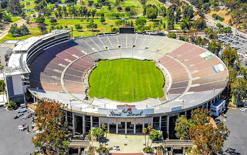 2018.06.17 Over the Rose Bowl, Pasadena, CA USA 0039 (42855669451) (cropped)