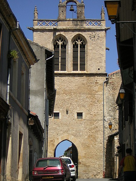 Aurignac: torre fortificada de la iglesia