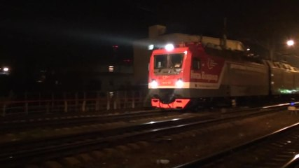 Файл:2EV120-002 with freight train departs from Tuapse.webm