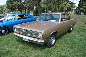 68 Plymouth Valiant 100 (7331347336).jpg