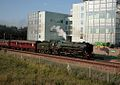 70013 Oliver Cromwell passing the bio-medicine centre, Cambridge. - panoramio.jpg