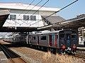 821 series U001 delivery Kudamatsu Station 20180220 (2).jpg