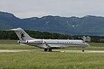 9H-OPE Bombardier BD-700-1A10 Global Express GLEX - VJT (18673732015).jpg