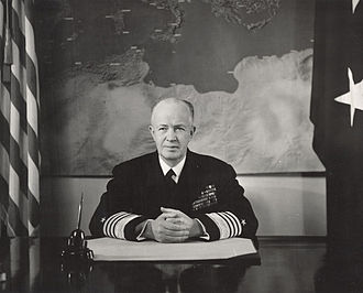 Robert Carney - Official portrait of Admiral Robert Carney as Chief of Naval Operations