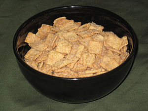 English: A Bowl Of Cinnamon Toast Crunch