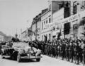 Adolf Hitler in Memel.png