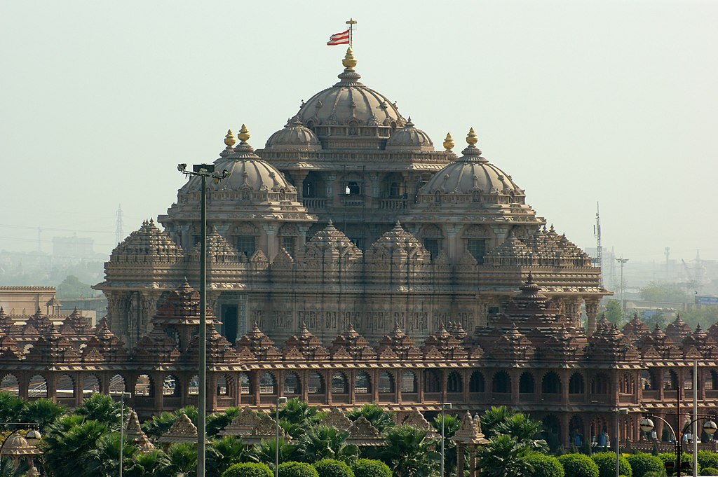35 Maginificent Photos Of Hindu Temple Akshardham In