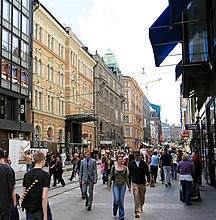 フィンランド-地方行政区画-Aleksanterinkatu Helsinki summer