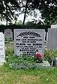 Algemene Begraafplaats Lekkerkerk. Oorlogsmonument (5).jpg