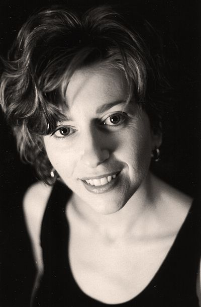 Picture of an author: Alison Goodman