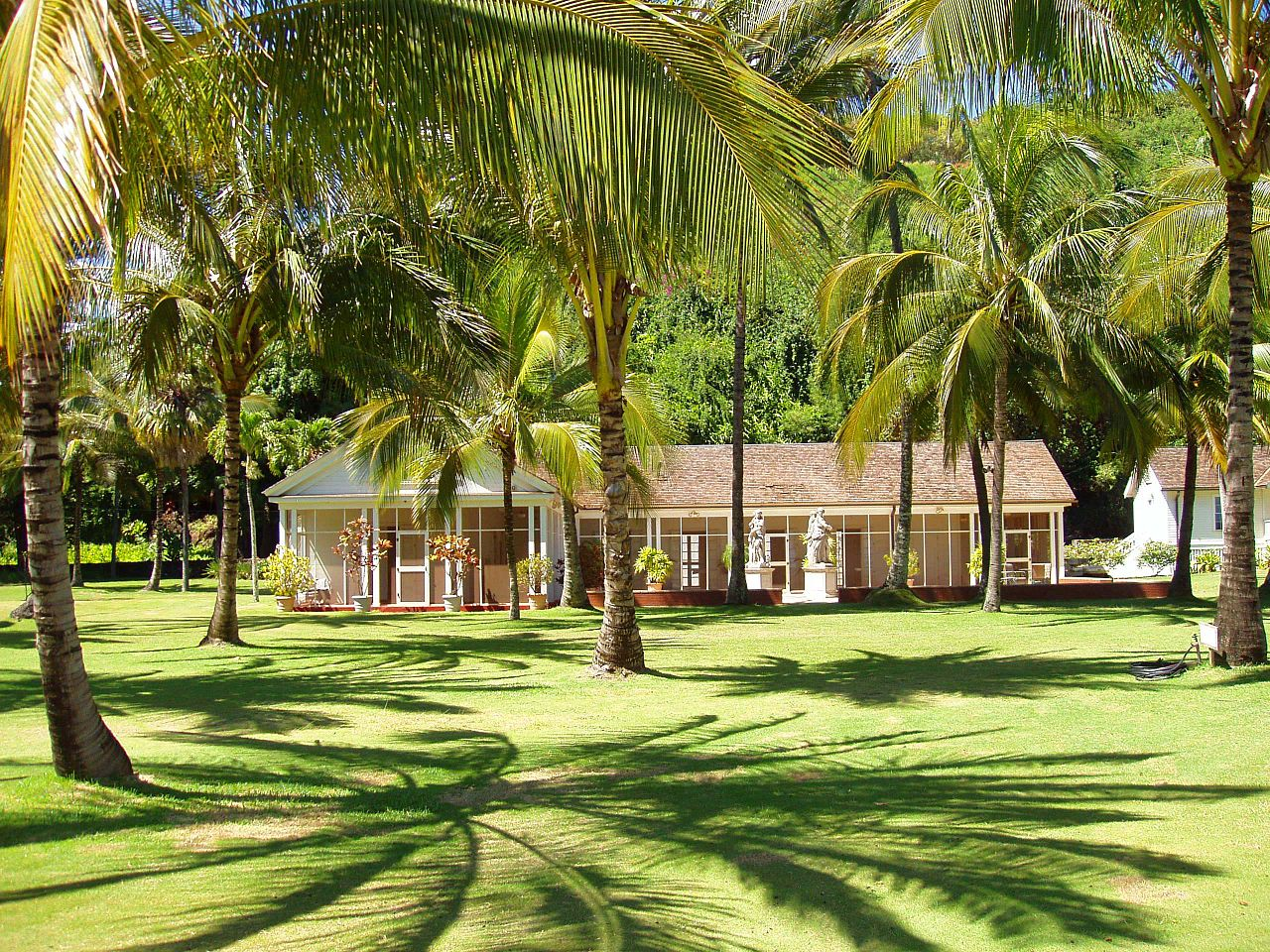File Allerton Garden Kauai Hawaii Allerton House Jpg Wikimedia Commons