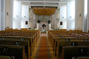 Alsovarosi reformed church inside 1.jpg