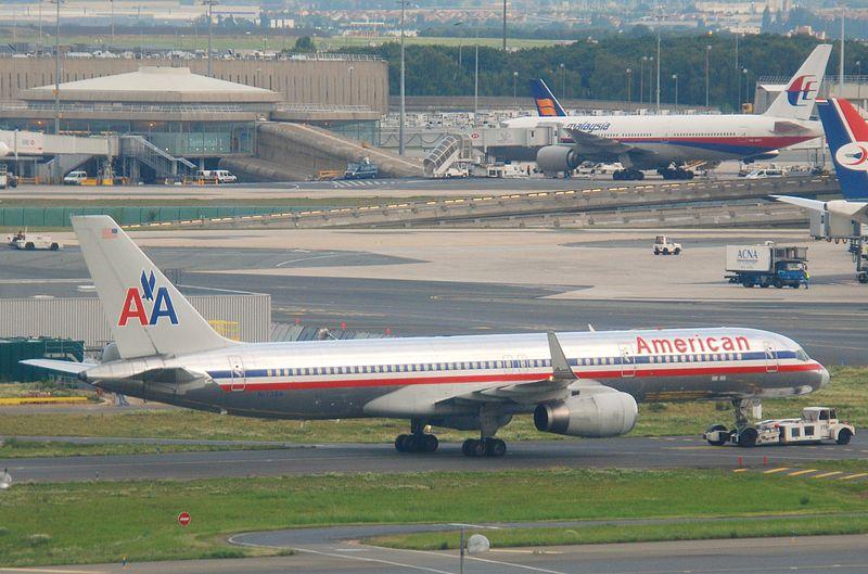 File American Airlines Boeing 757 223 N173an Cdg 10 07