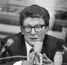Andrei Amalrik at a press conference in the Netherlands, 15 July 1976