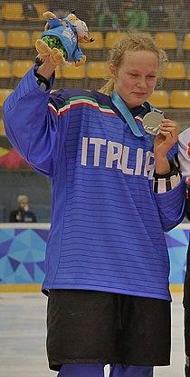 Anita Muraro Lillehammer 2016 Hockey skills women (24443790004) (cropped).jpg