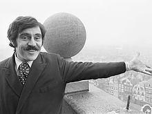 Anthony Newley (1967).jpg