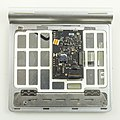 Apple Magic Trackpad - rear cover removed-3938.jpg