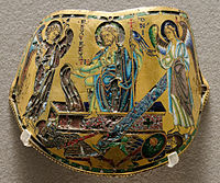Armilleavec la Résurrection. Émail champlevé sur cuivre doré, région rhéno-mosane, vers1170-1180, Musée du Louvre