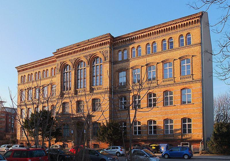 Ehemaliges Gebäude des Askanischen Gymnasiums in Berlin-Kreuzberg