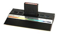 250px-Atari2600jr.jpg