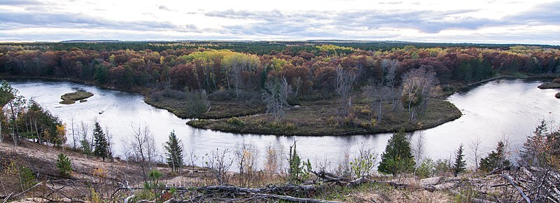 File:Au Sable River.jpg
