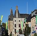 Aubigny-sur-Nère le château des Stuarts.JPG