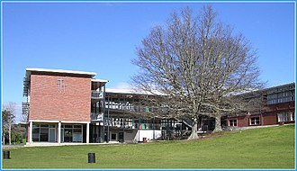 Sacred Heart College, Auckland - Photo of the school's year 7 and 8 and technology blocks.