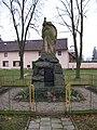 Břuchotín, pomník.jpg