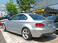 BMW 135i Coupe 2009 (12446867163).jpg