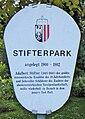 Bad-Hall-Stifterpark-Widmungstafel-(Aufnahme-2005).jpg