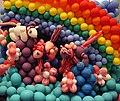 Balloons (32186942915).jpg