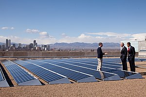 Denver Museum of Nature and Science - Barack Obama speaks with CEO of Namaste Solar Electric, Inc., Blake Jones, while looking at solar panels at the Denver Museum of Nature and Science, Feb. 17, 2009.