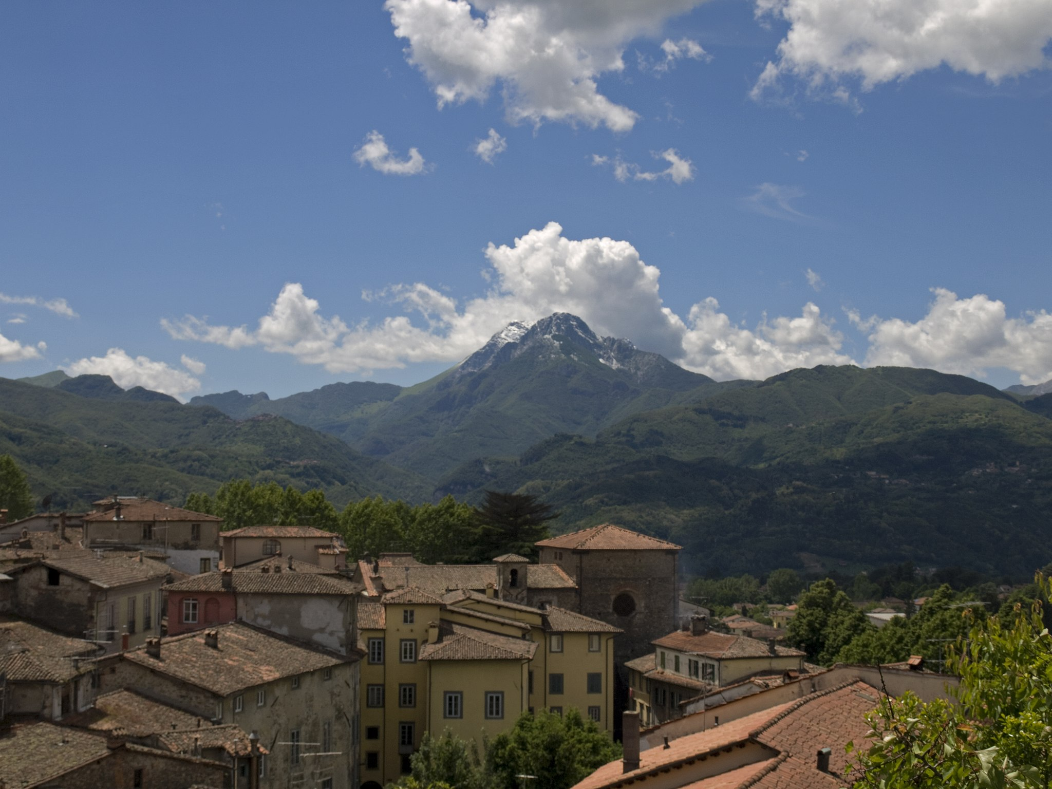 Barga panorama southwest