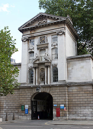 St Bartholomew's Hospital - The King Henry VIII Gate at Barts was completed in 1702 (qv. the statue above the arch is the only statue of Henry VIII in London)