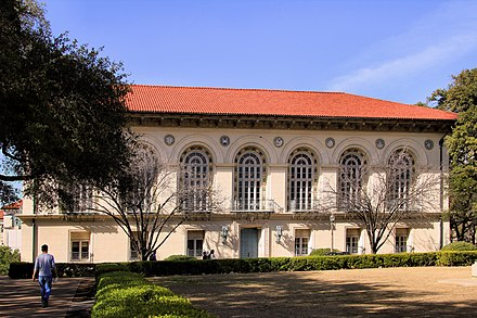 "Battle Hall, also known as ""The Old Library,"" was added to the National Register of Historic Places in 1970. Battle hall 2014.jpg"