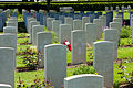 Bayeux War Cemetery -42.JPG