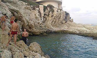 A cove in Latakia in 2014 Beach Latakia 4.jpg