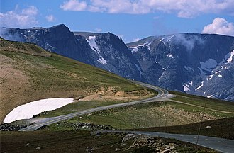 Beartooth Highway - Approaching Beartooth Pass from the East along the Beartooth Highway