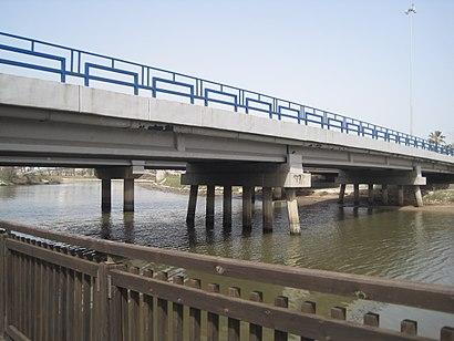 איך מגיעים באמצעות תחבורה ציבורית  לגשר בן אליעזר? - מידע על המקום
