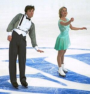 Anton Sikharulidze - Sikharulidze and Berezhnaya compete in 2001