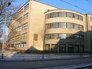 Max Taut - Berlin AvH-Oberschule