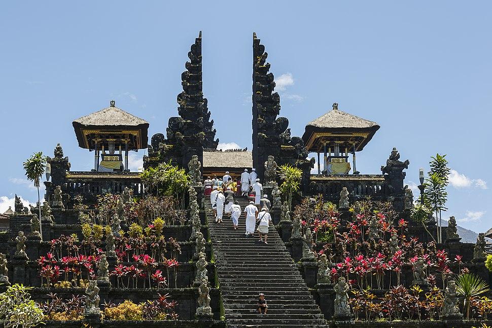 Besakih Bali Indonesia Pura-Besakih-02