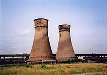 Blackburn Meadows cooling towers - geograph.org.uk - 37873.jpg